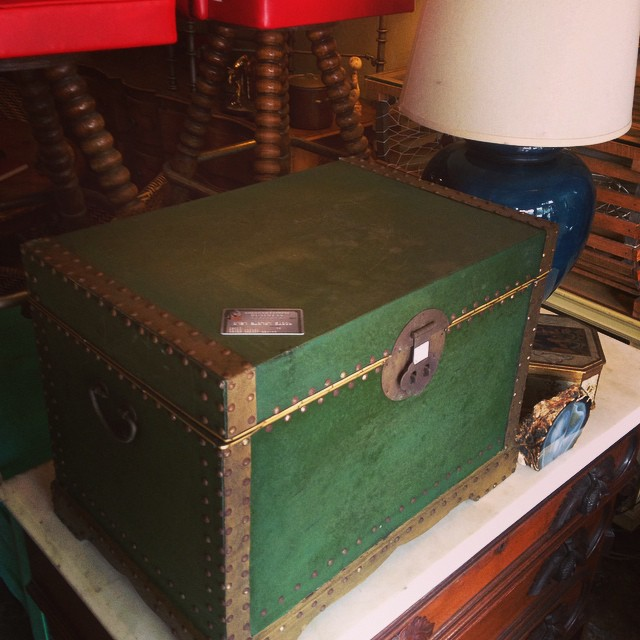 Small chest #vintagefinds #petergurskidesigninc